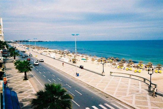 beach tunisia